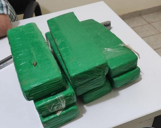 Polícia apreende 5kg de drogas e prende homem no sertão