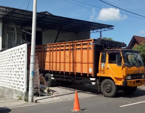 Ekspedisi Truk Fuso Surabaya Palangkaraya