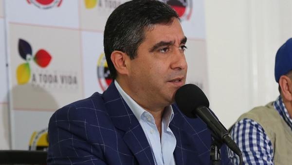 """Exministro Rodríguez Torres le contesta a Maduro: """"Los laboratorios de guerra están ubicado en el piso 12 del Sebin"""""""