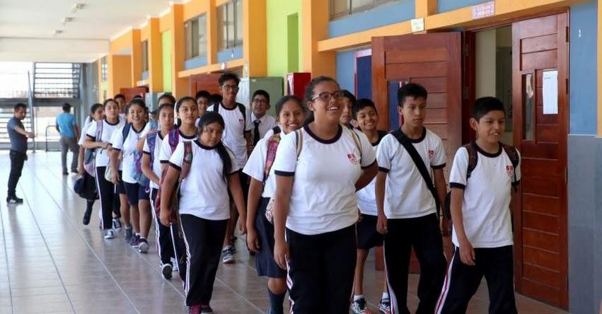Hoy Lunes se reanudan las clases en el 80% de escuelas del Perú