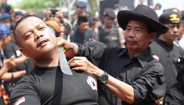 Tradisi Debus Dari Banten