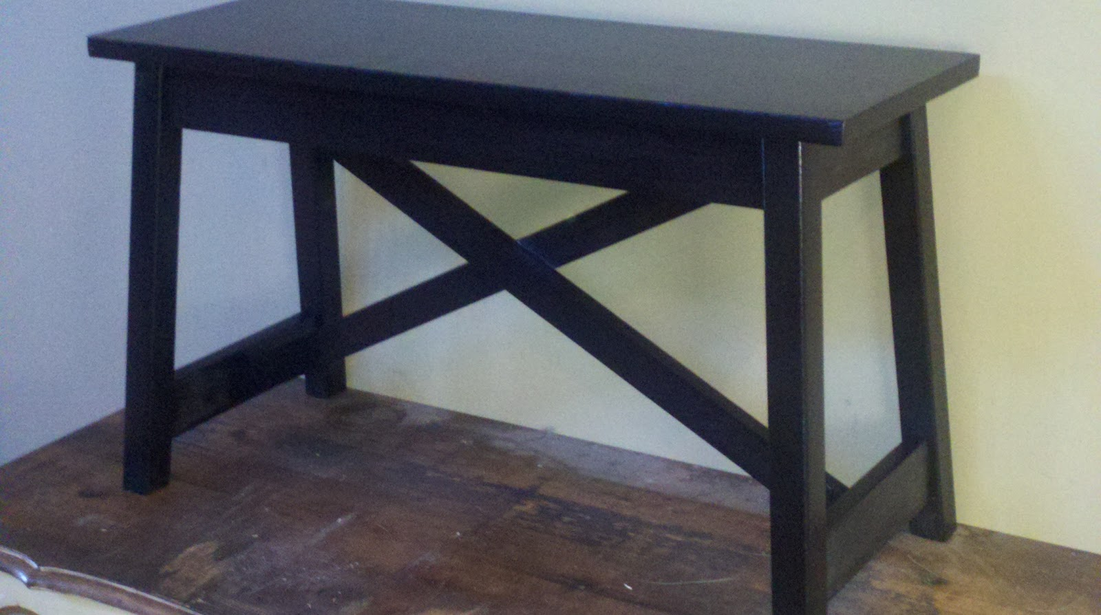 House Undercover Diy Small Rustic Bench