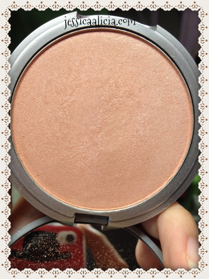 Review : The Balm Cindy-Lou Manizer by Jessica Alicia