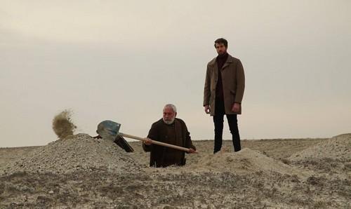 Gönül Dağı 11. bölüm özet. Serdar'ın babası Dilek'i Taner'den ayırıyor