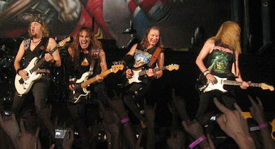 Foto de Iron Maiden en el escenario