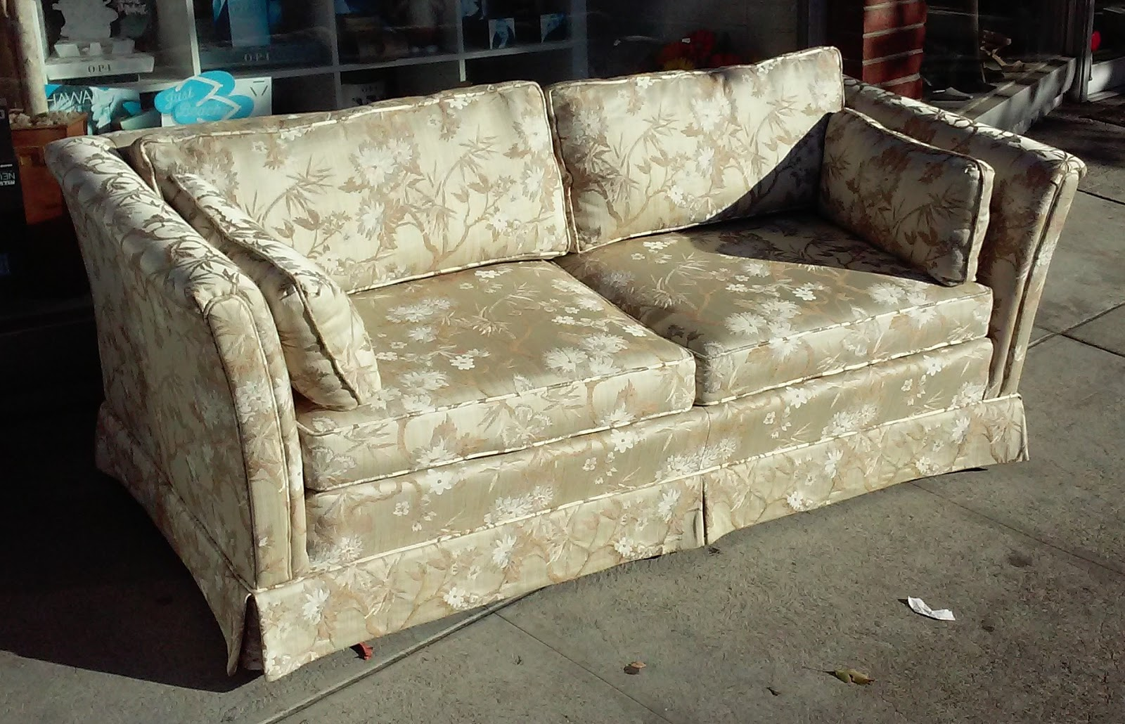 Sold Reduced Vintage Asian Sofas We Have 2 80 Each