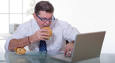bekerja sambil diet, artikel diet alami, kumpulan artikel tentang diet, diet sehat, kumpulan diet, diet yang sehat, diet cepat aman dan sehat, diet yang tidak bahaya, diet untuk wanita, diet obesitas, info diet