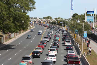 Lakeshore Boulevard Traffic During The CNE