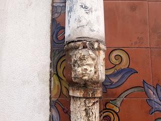 Bafomet en la Calle Bazán nº 56, Alicante.