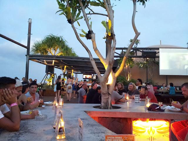 Sky Garden sebagai Tempat Wisata Malam di Bali