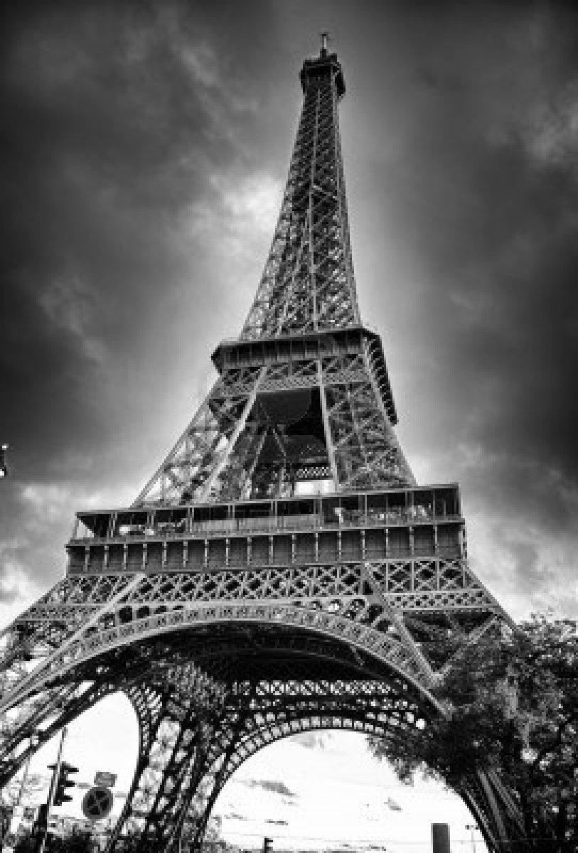 Paris: Paris Eiffel Tower Black And White