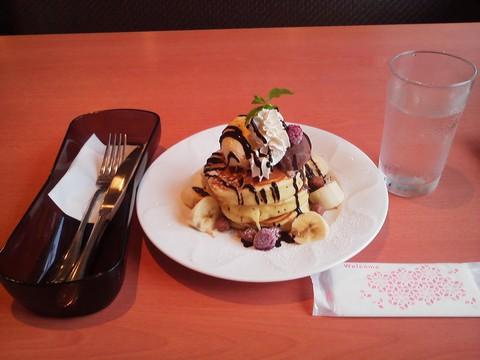 バースデーパンケーキ¥0-3 デニーズ猪高店