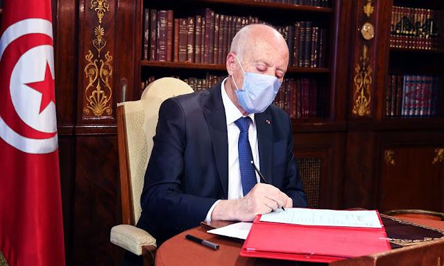 """قيس سعيّد: """"ان الدولة التونسية لها رئيس واحد في الداخل وفي الخارج"""""""