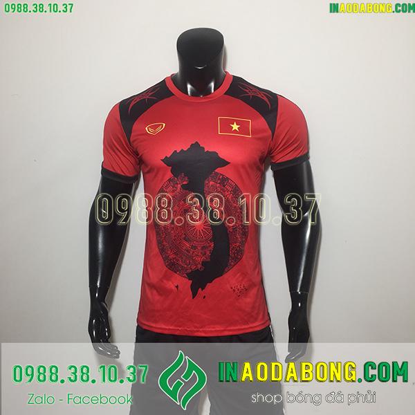 Áo bóng đá Việt Nam bản đồ đỏ