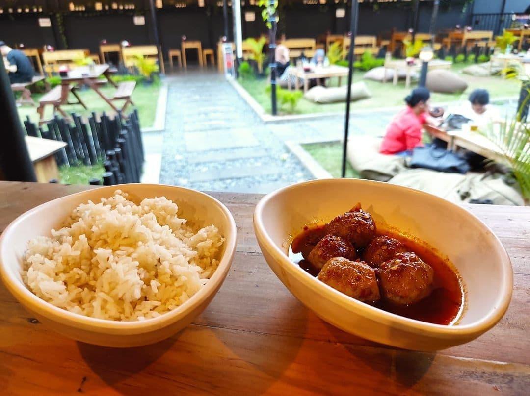 menu makanan de cafe serang