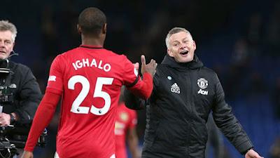 Odion Ighalo tiếp tục ở lại Old Trafford, Coutinho sẵn sàng trở lại nước Anh