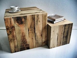 cajones cuadrados hechos con con pallets de madera desarmados