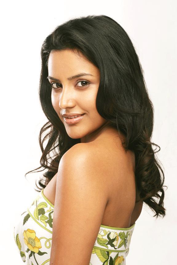 Priya Anand cute
