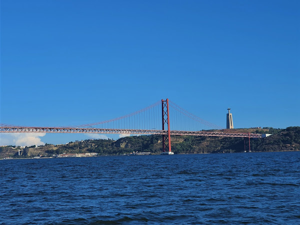 Lisbon: River Tagus sunset cruise