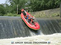 wisata rafting di bogor