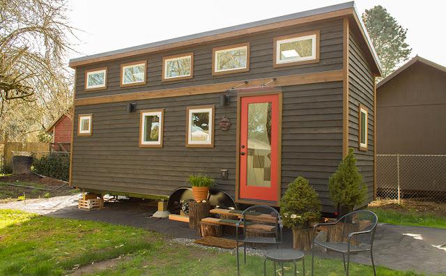 Hasil gambar untuk rumah semi permanen cantik