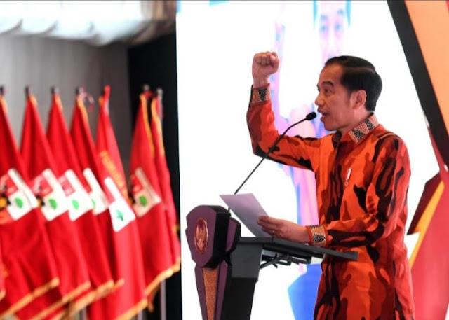 Sebut Jokowi Piawai, Arief Poyuono: Sepuluh Tahun Kurang, Maju Lagi!