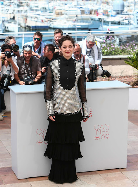Actress, Singer, @ Marion Cotillard at It's Only The End of The World Photocall