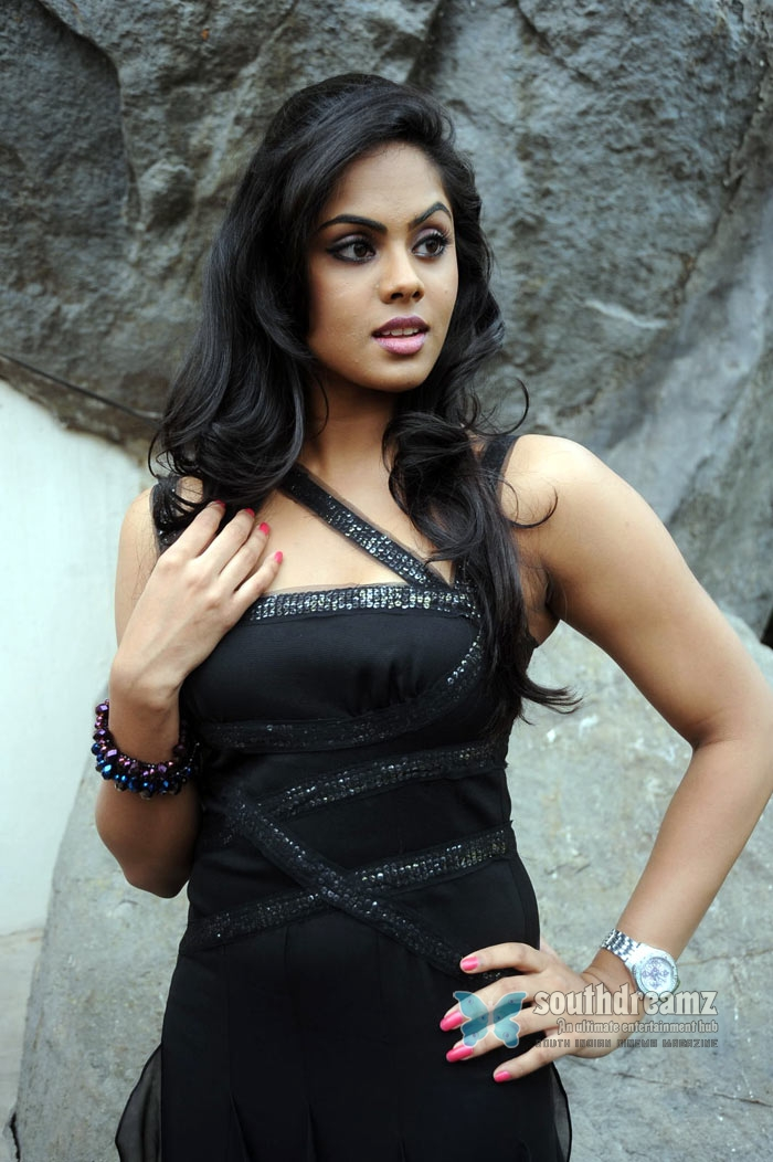 Actress Stills: Karthika Hot And Beautiful Images