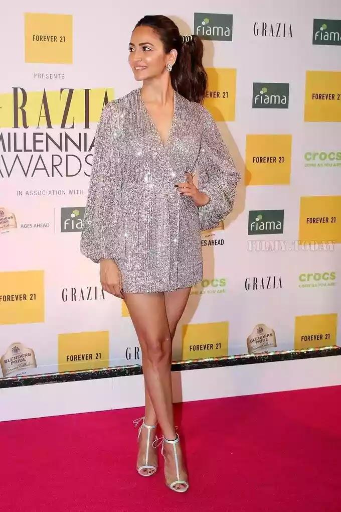 kriti-kharbhanda-in-silver-sequin-wrap-blazer-mini-dress