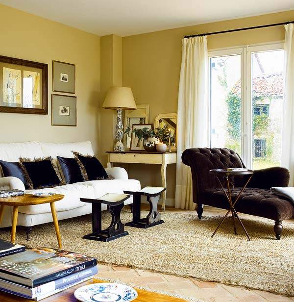 appealing living room chaise lounge | Color Outside the Lines: A Chaise ... for the Living Room?