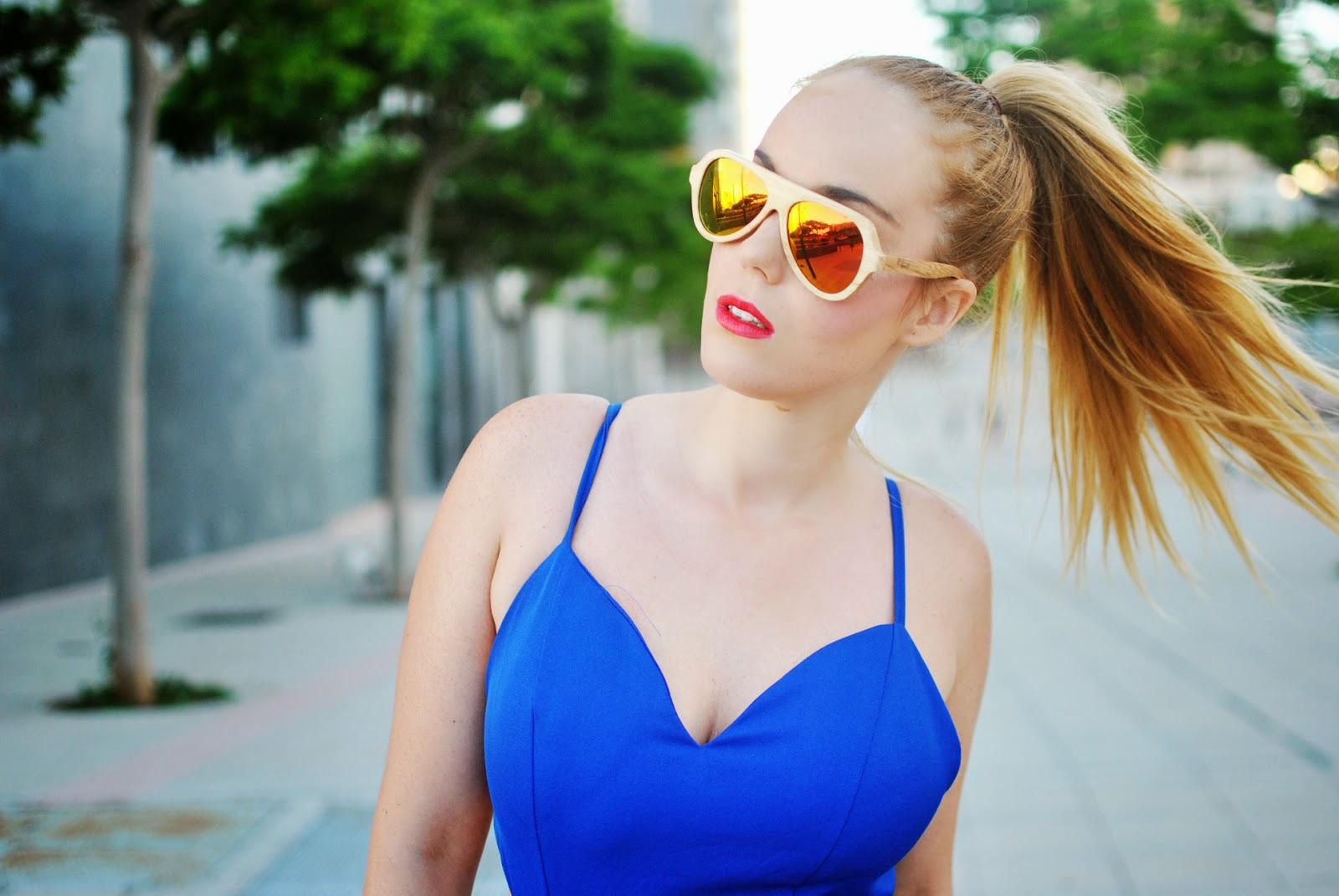 nery hdez, jumpsuits, mono, azul klein, vintagehordes, backless, gafas de espejo, woodwedo
