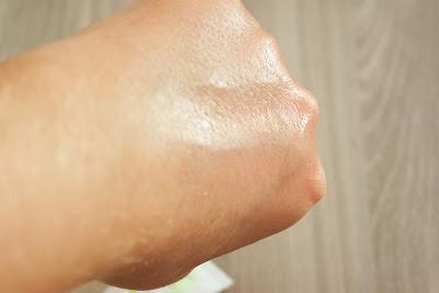 pele, clareamento de pele , ácido salicílico, ácido mandélico, vitamina c , antioxidante , rotina , limpeza de pele, tonificação