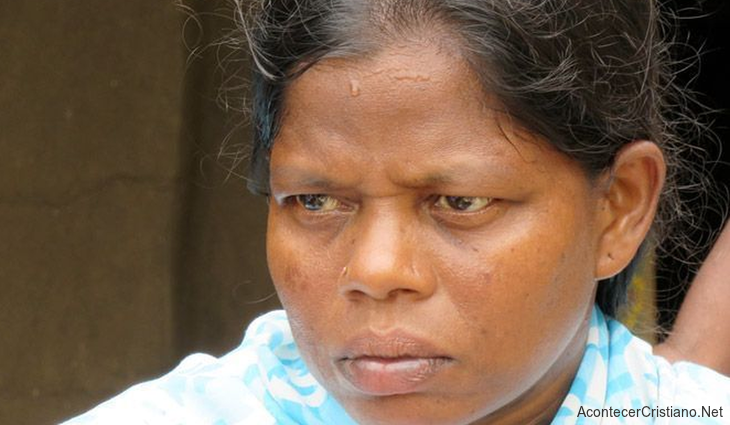 Viuda cristiana en la India
