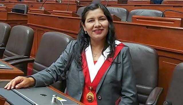 Congresista Yessy Fabián Díaz