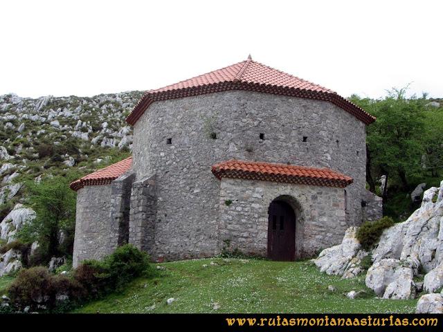 Ruta La Collada Monsacro: Ermita de Santiago