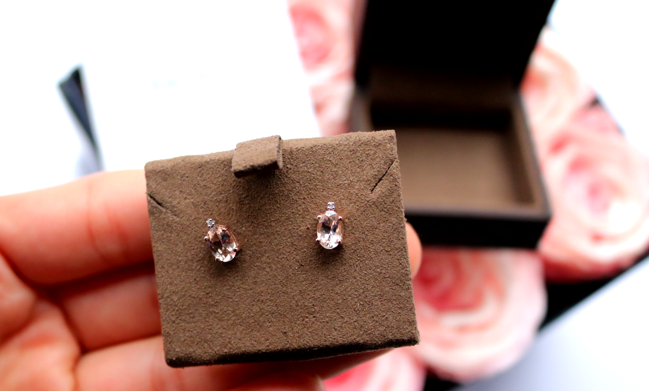 The Luxury Jewellery Gift: Browns Rosa Mer Collection Morganite and Diamond Stud Earrings