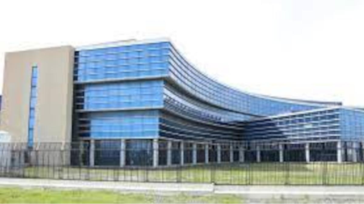 Enel rilascio permessi Comune di Catania laboratorio pannelli Fotovoltaici