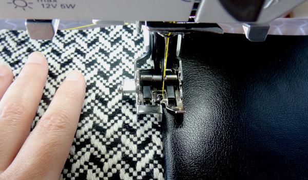 8927bd5075 Twinkle and Twine  Tutorial  Fabulous Fall Handbag