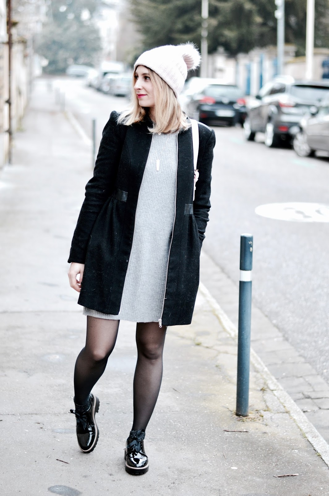 Look femme hiver : robe pull grise Princesse Tam Tam