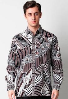 Model baju batik pria modern terbaru untuk guru
