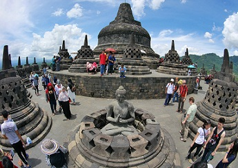 Banyak Dikunjungi Wisatawan Ini Dia Objek Wisata Bersejarah Paling Terkenal Di Dunia Www Iphedia Com