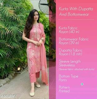 Aakarsha Graceful Women Kurta Sets