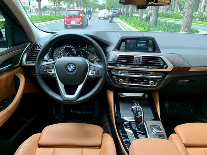 BMW X4 chạy lướt giá hơn 2,6 tỉ đồng tại Việt Nam