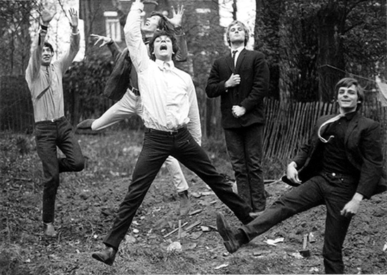 Pink Floyd jumping 1965