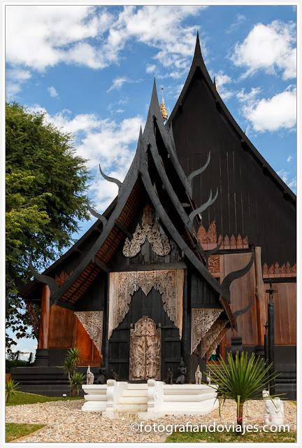 Casa negra Baam Si Dum