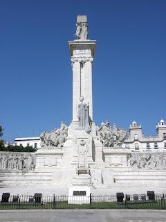 La plaza España de Cádiz en qué visitar en CÁDIZ