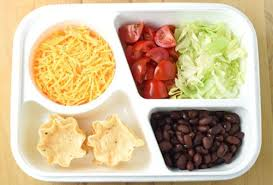 تقديم تقليدي بسيط للوجبات الصحية للرياضيين وأصحاب الحميات الصحية