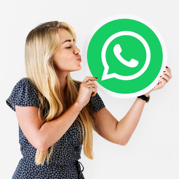 lebih-dari-1-miliar-panggilan-dilakukan-di-whatsapp-pada-malam-tahun-baru