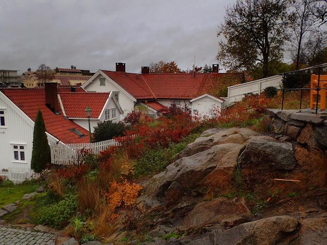 Białe domki z czerwonymi dachami. Czuję się patriotycznie ;-)