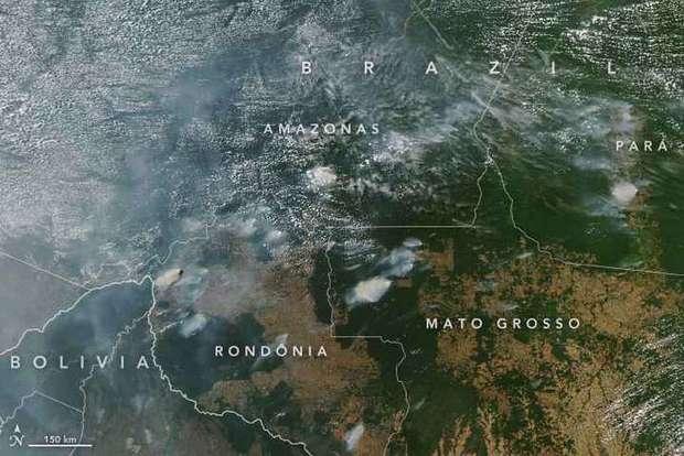 Fumaça de incêndios na Amazônia é tanta que já pode ser vista em imagens de satélite da NASA